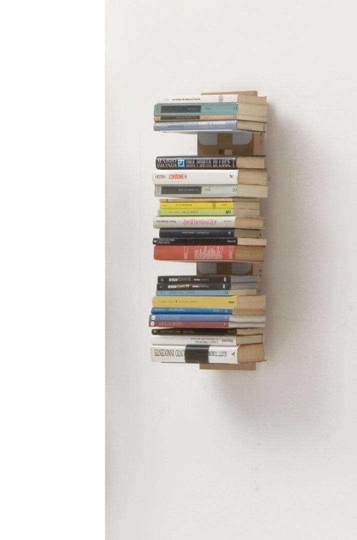 Libreria verticale sospesa in massello di faggio for Libreria a muro sospesa